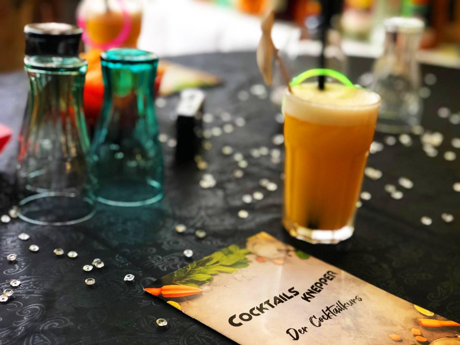 Cocktails Knepper - Cocktailkurs - Weihnachtsfeiern