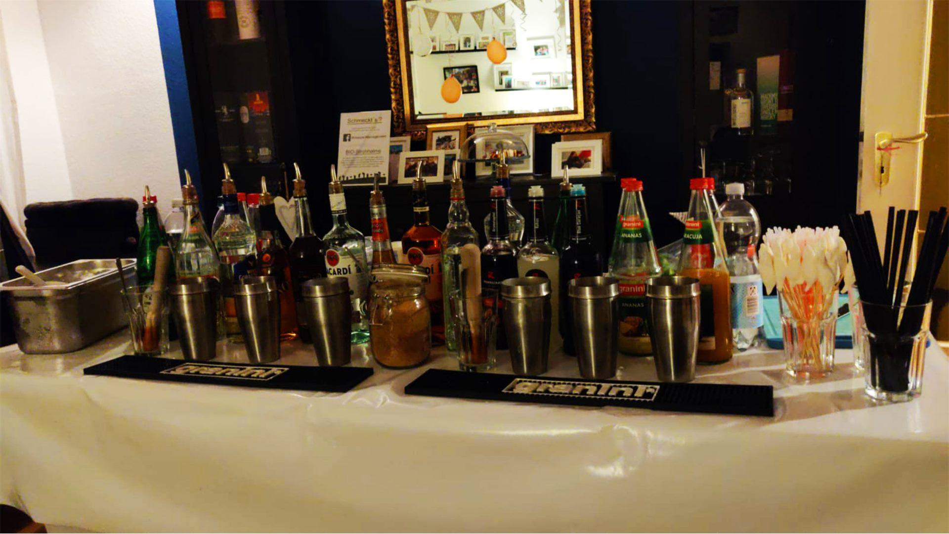 Cocktails Knepper - Cocktailkurs in NRW - Das Wohnzimmer als Kursraum!