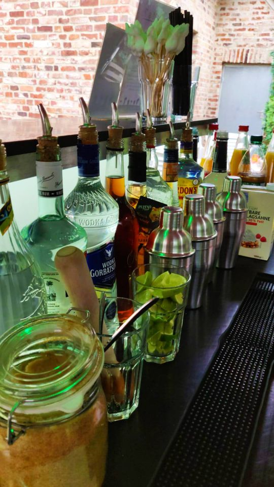 Cocktails Knepper - Cocktailkurs in NRW - Draußen im Freien (1)