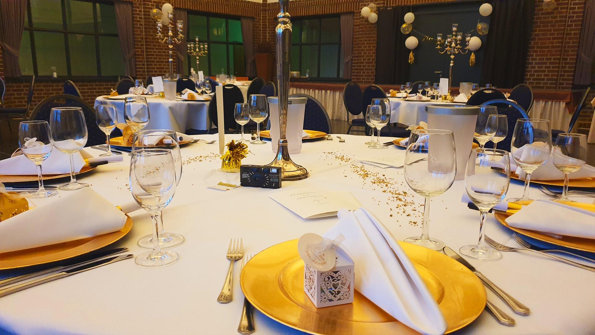 Knepper Management - Alte Lohnhalle Wattenscheid - Hochzeit - Anja u Severin Sept 20 (2)