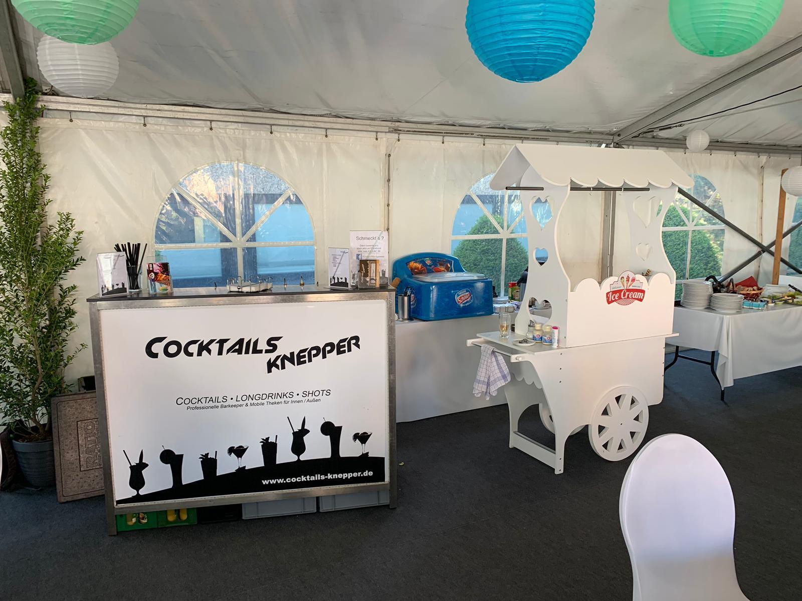 Cocktails Knepper - mobile Cocktailbar in Wattenscheid - Firmenfest- weißes Gewand und modern elegant (1)